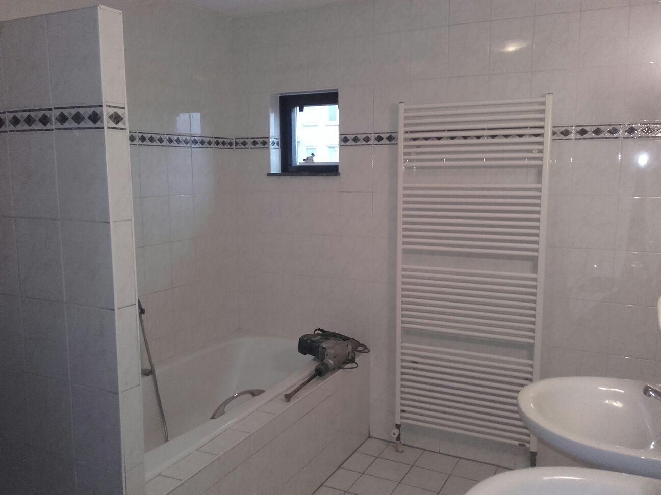Badkamer laten slopen? snel netjes en altijd net iets goedkoper!