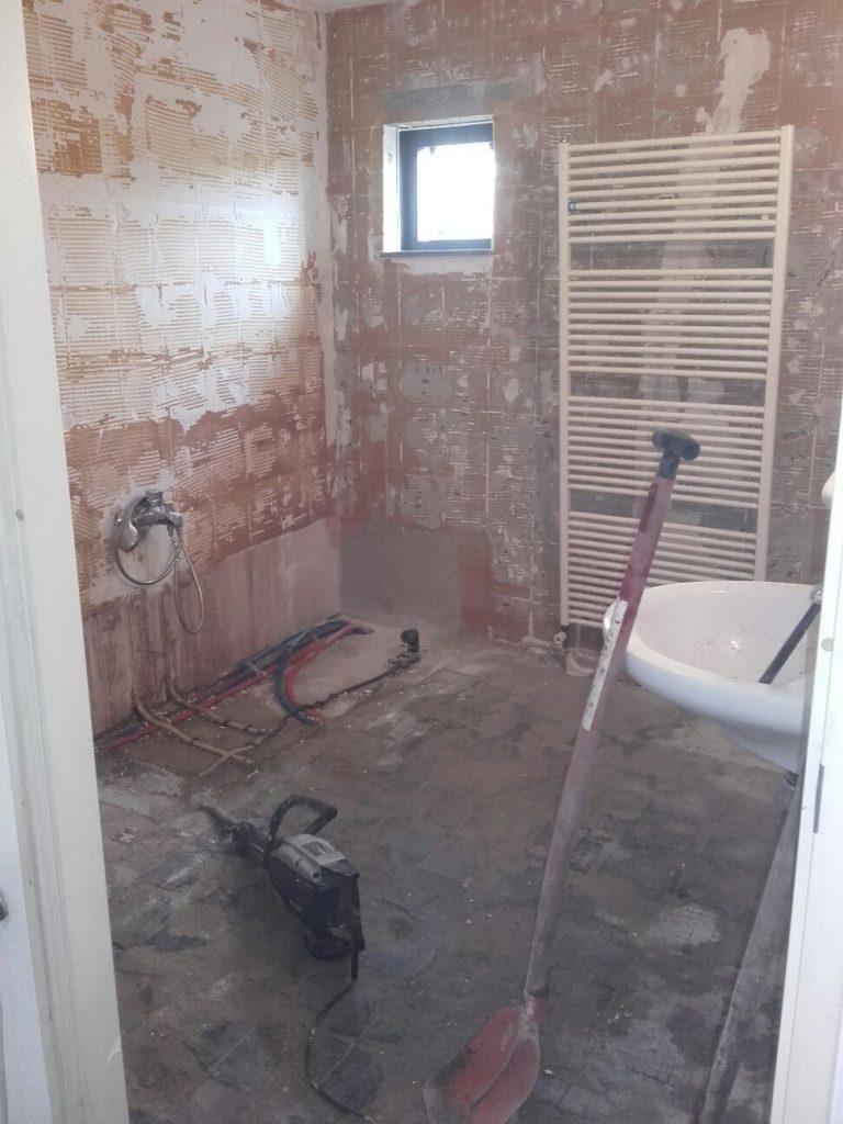Badkamer slopen Den Haag, wij doen het vakkundig, snel en goedkoop.