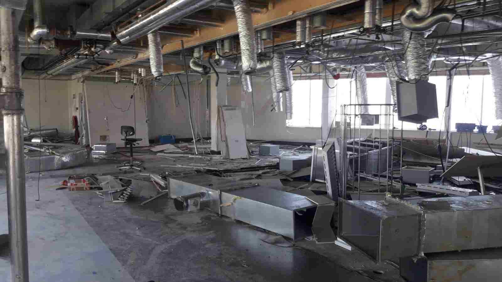 Beste Keuken Demonteren : Bedrijfsruimte strippen amsterdam sloopbedrijf kalker